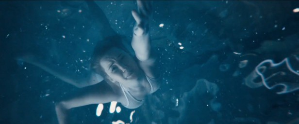passengers-jennifer-lawrence-drowning