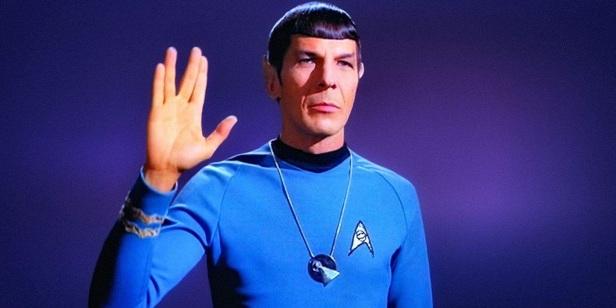 spock-vulcan-salute-star-trek